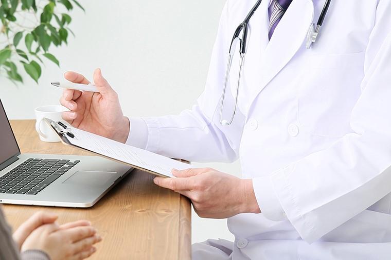 交通事故後、病院の診断書を警察に提出するべき理由